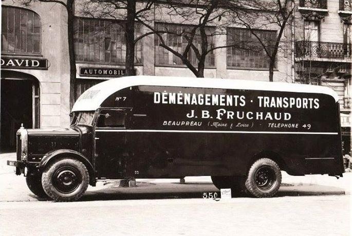 Unic--verhuiswagen