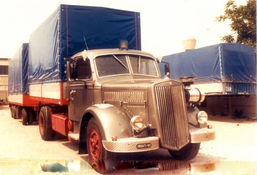 Lancia-Esatau-motore-Fiat-619---Oriente-1980-1