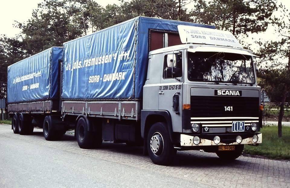 Scania-141-het-bedrijf-heeft-50-jaar-op-Parijs-gereden