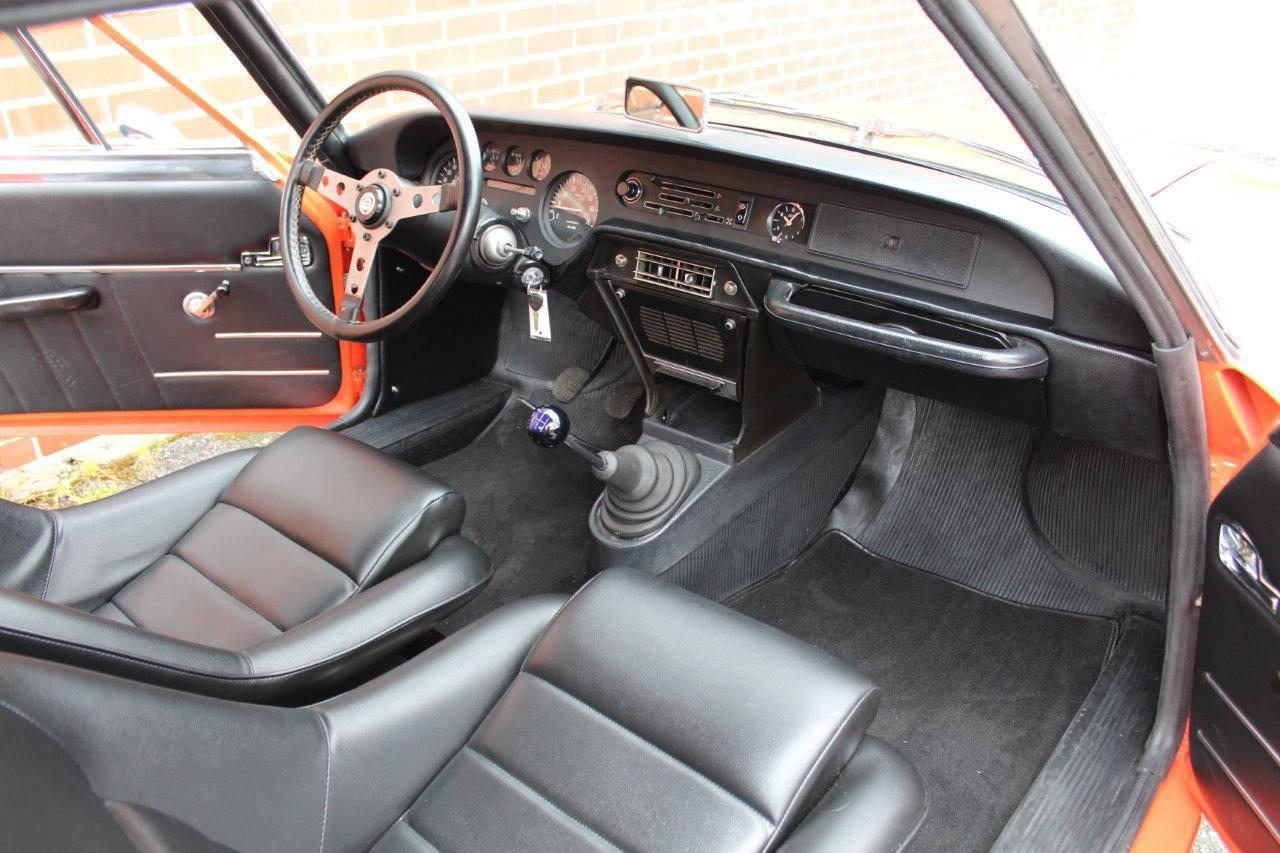 Lancia-Fulvia-Sport-Zagato-1-3-S-3