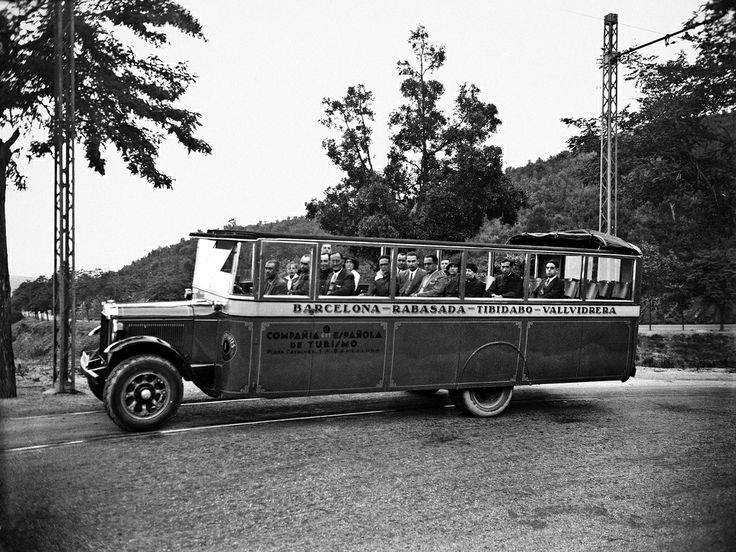 1930-Bus-touristic--catalonie