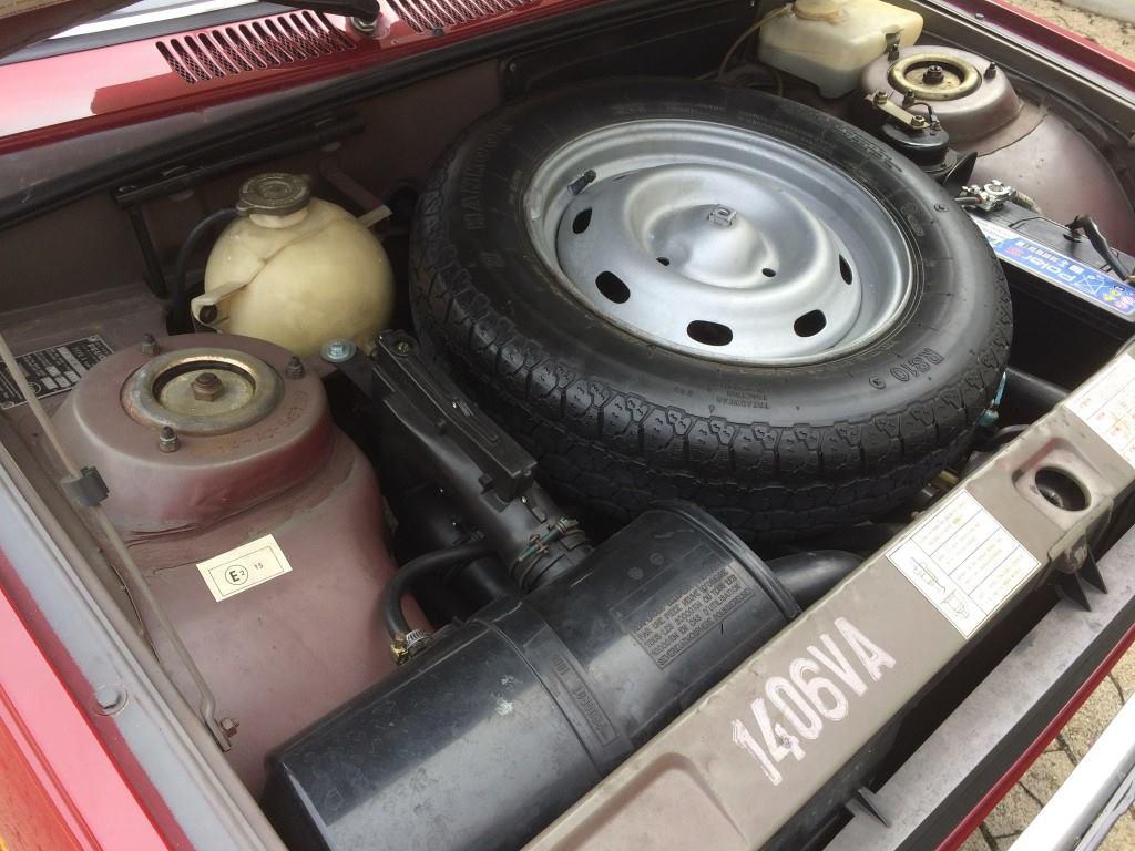 Peugeot-104-GL-4-cyl-954-CC-1976-2
