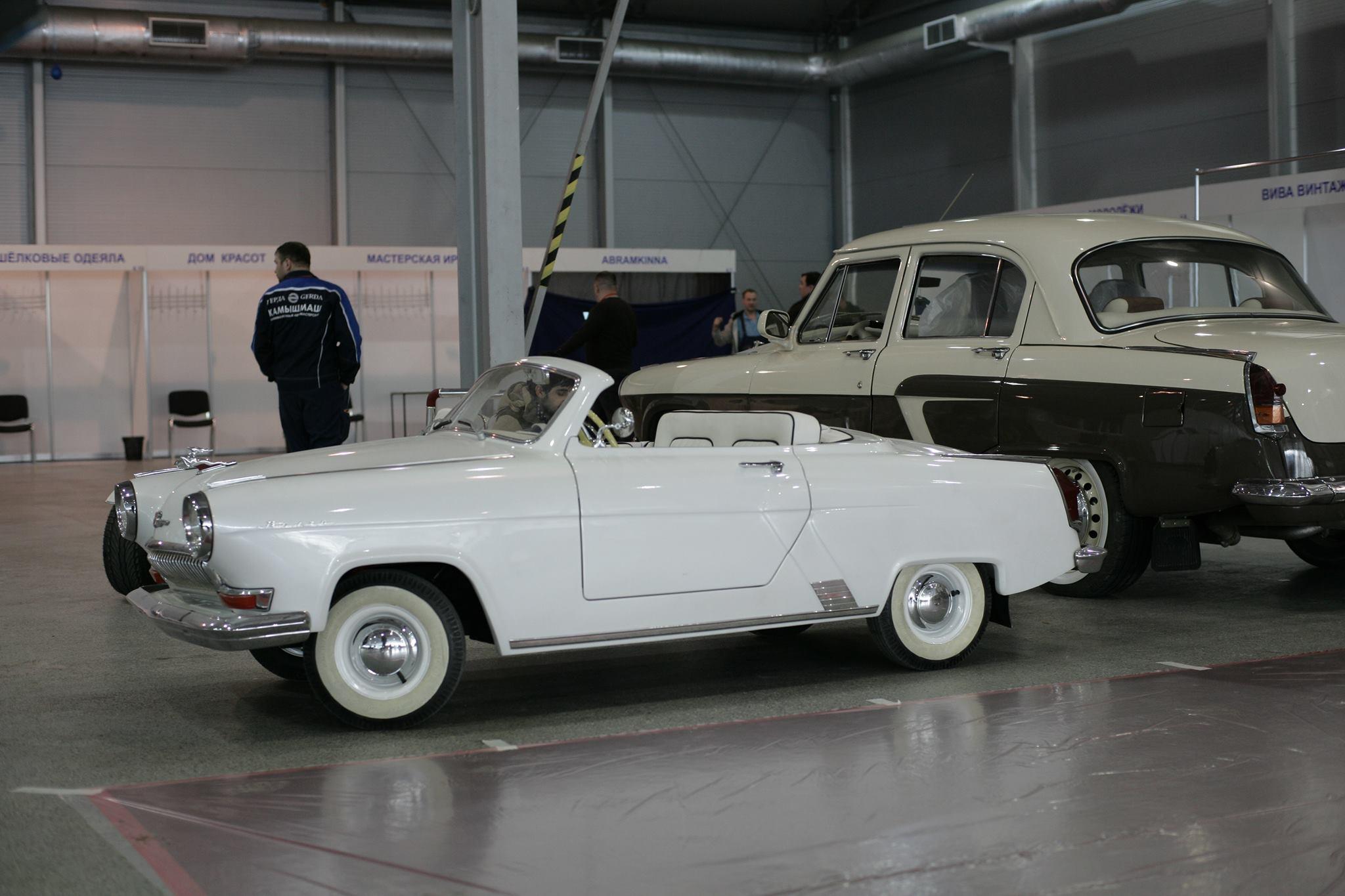 Gas-21-Wolga-Cabrio-zelfgemaakte-copie-2
