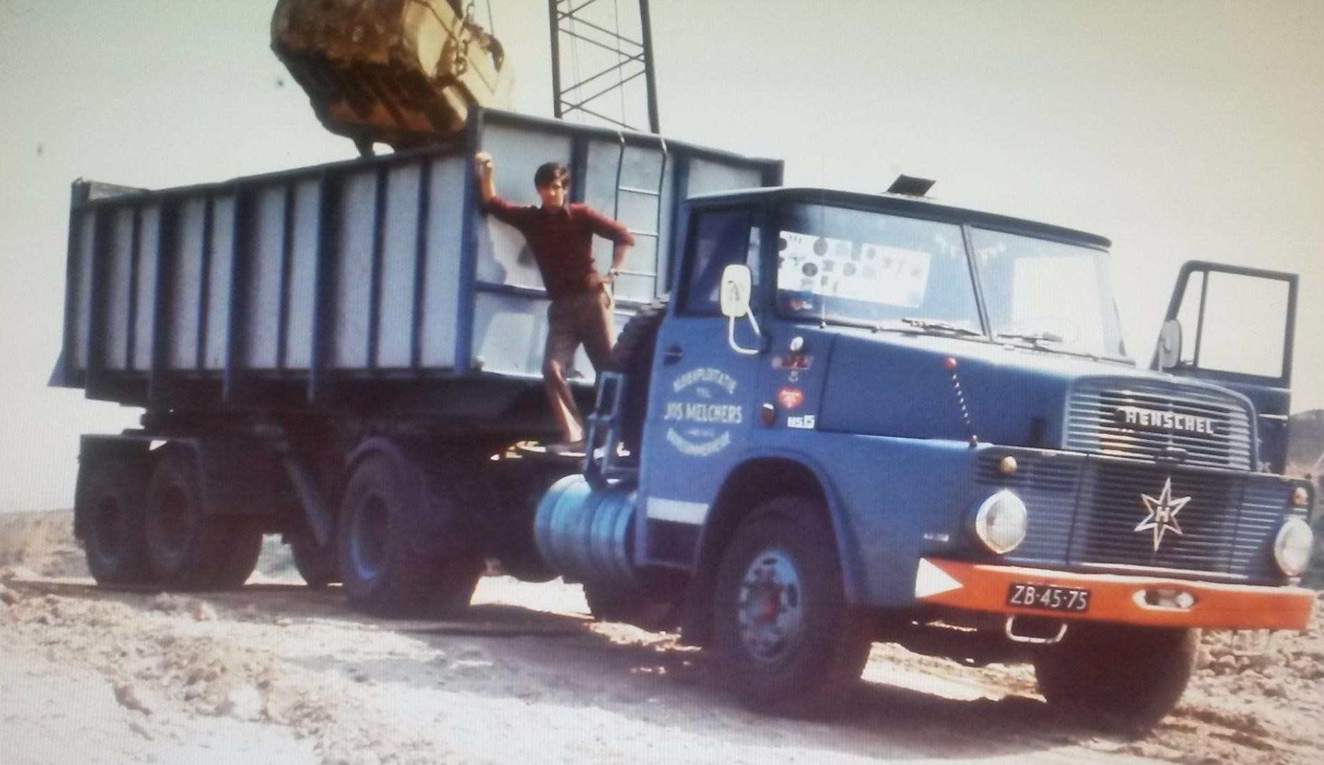 Ger-Lap-zijn-eerste-vrachtwagen