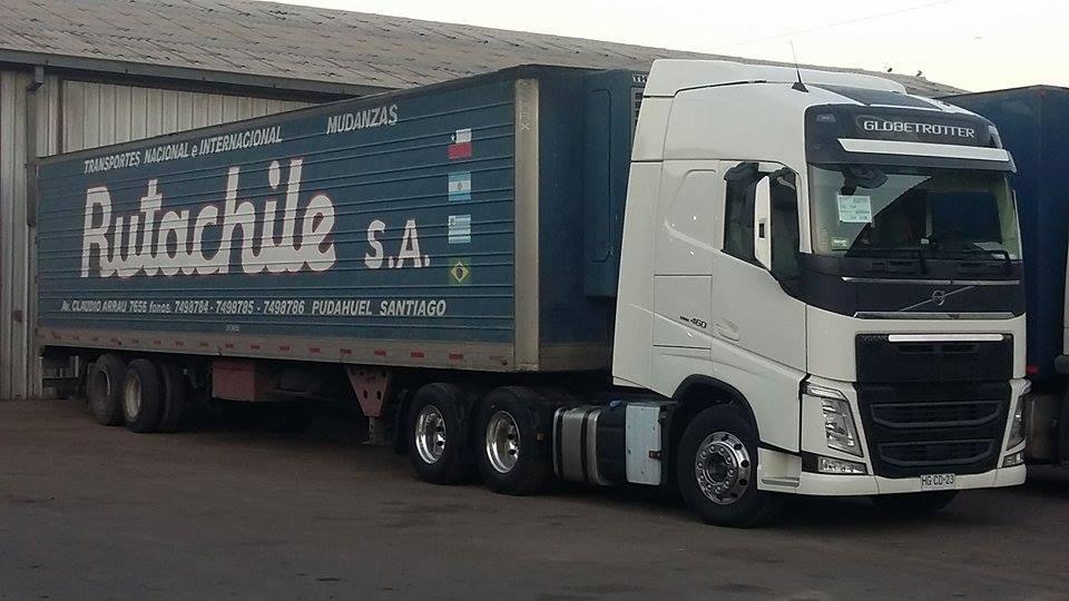 Volvo-FH--Ruta-Chile