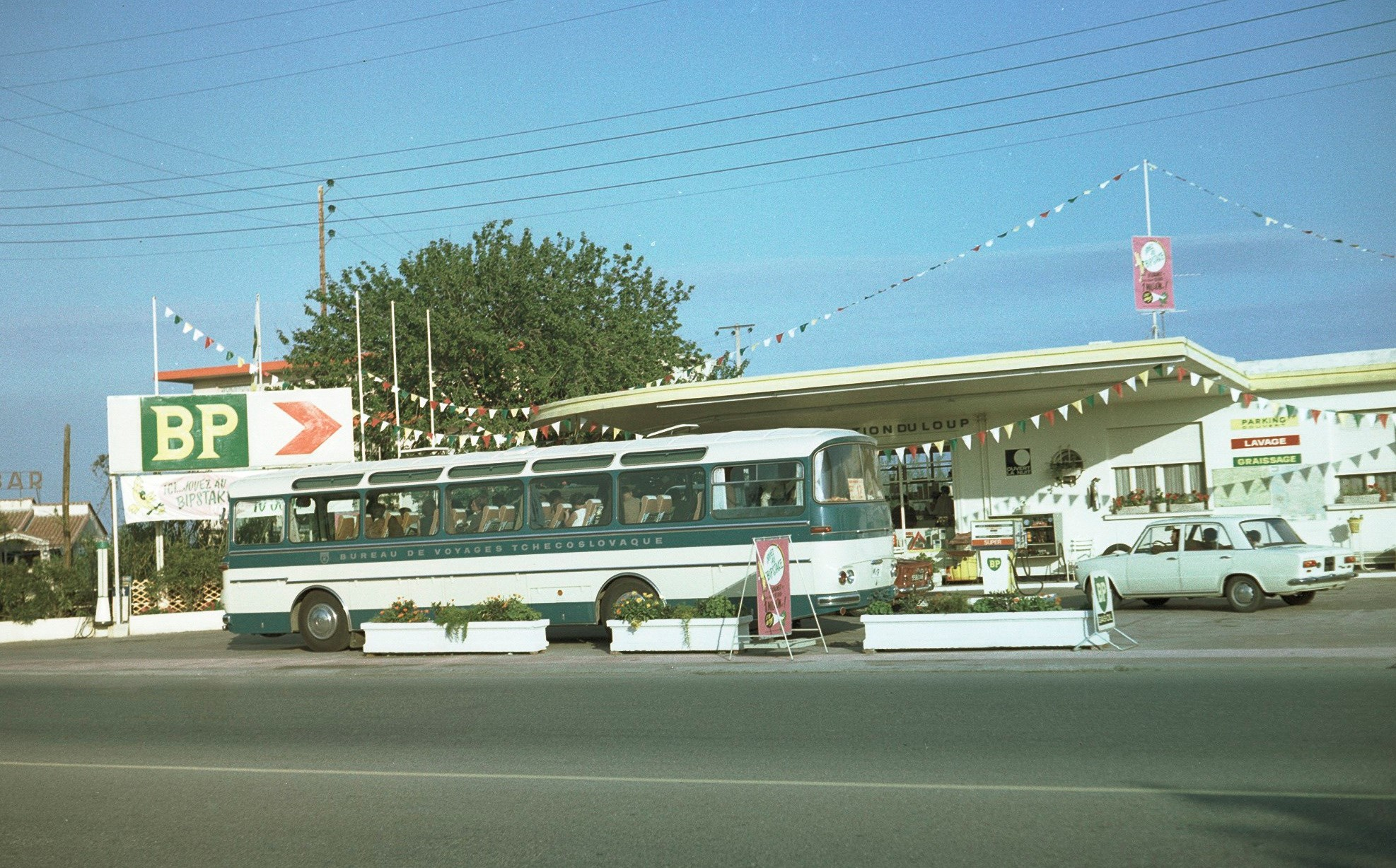 Karosa-sd-11-evropabus-op-weg-naar--van-nice-in-1967