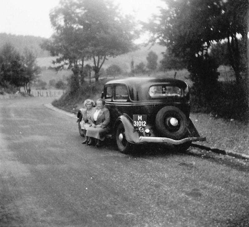 personenauto-van-de-familie-Johan-van-Dulm-M-31012