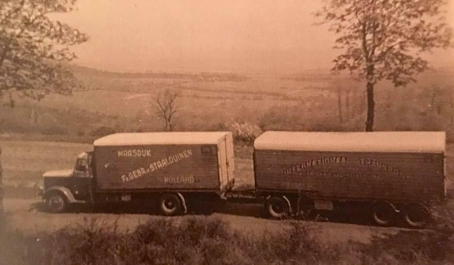 Bussing--D-Klapwijk-archief