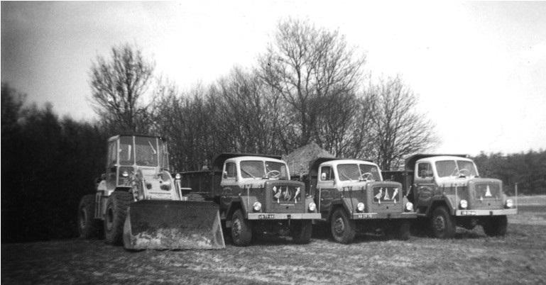 42-1962--CATERPILLAR-950B--en-de-drie-MAGIRUSSEN