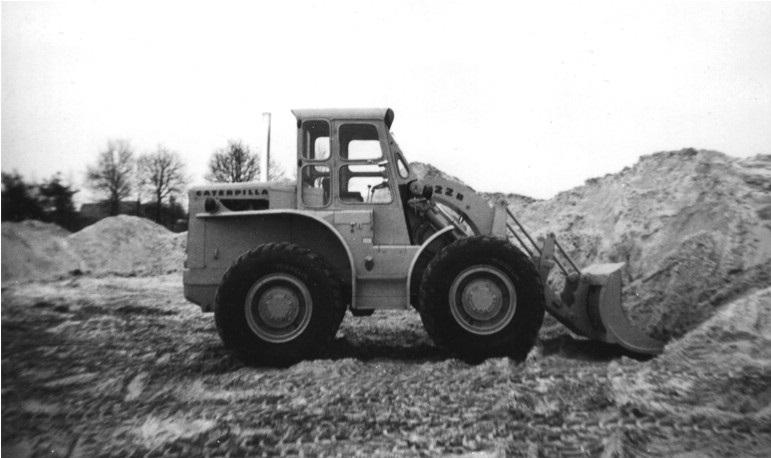 46-1963-CATERPILLAR-922B-Traxcavator
