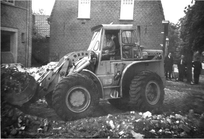 51-1965-CAT-922-B-ingezet-bij-sloopwerkzaamheden