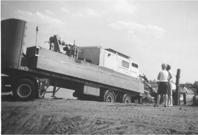 54-1967-De-eerste-in-1965-gekochte-zandzuiger-een-gebruikte-Zimmerman--Jansen-uit-Duitsland-gekocht-van-een-aannemer-uit-Schijndel