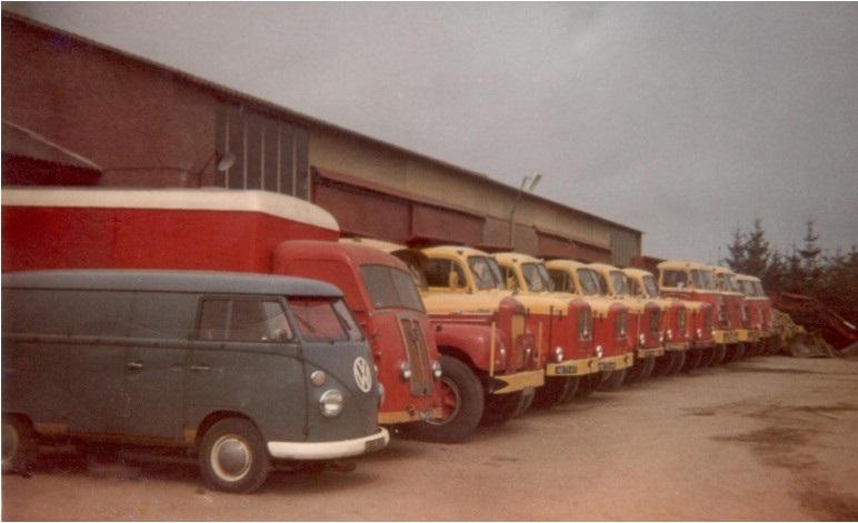 57-1968-westerhoven-Het-wagenpark-op-de-werf