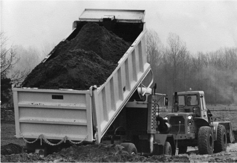 89-1975-De-OSHKOSH-heeft-een-laadvermogen-van-22-ton