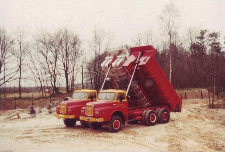92-1975-M-A-N--6x4-280-PK-en-6x6-240-PK-kippers