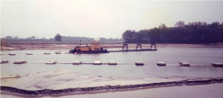 19-1982-Aanvang-zandwinning-Ekkersweijer-zandzuiger-Woensdrecht