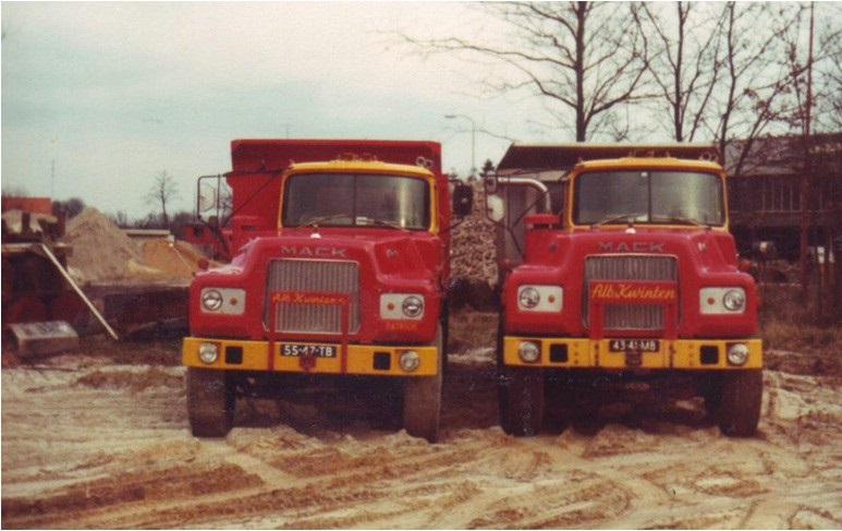 3-1977--Mack-DM-685-S-8x6-kippers