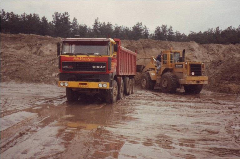33-1988--GINAF-F-521-en-CATERPILLAR-966-D-wiellader