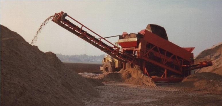 74-1997--Trilzeefinstallatie-voor-het-scheiden-van-zand-en-grind
