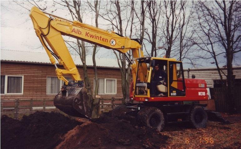 75-1997-CATERPILLAR-M-318