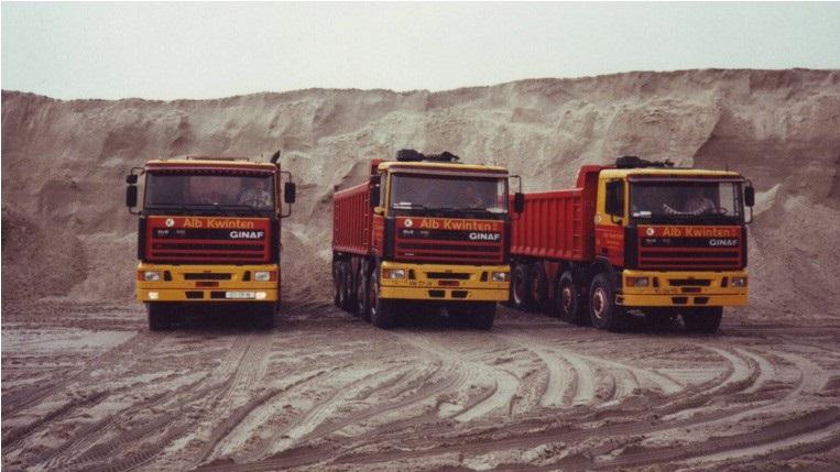 78-1997-Drie-GINAF-vijf-assers-in-de-zandput