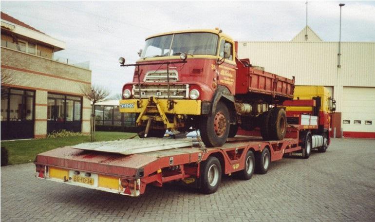 79-1997-Een-oudje-op-transport-de-DAF-DK-2400-4x4-kipper