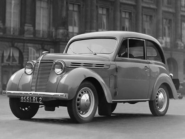 Renault-Juvaquatre--1937-1952-2