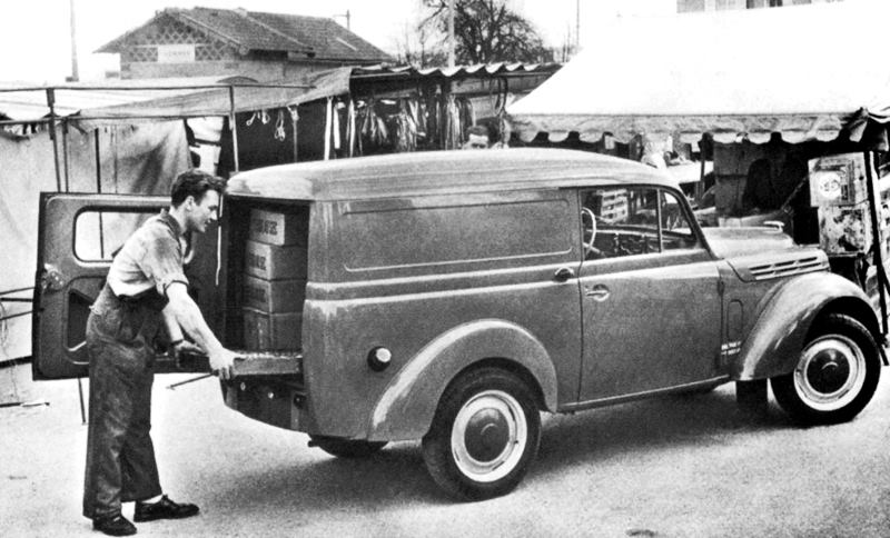 Renault-Juvaquatre--1937-1952-5