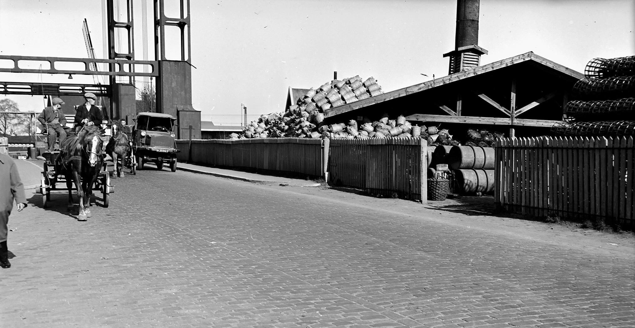 1938-Dordrecht--s-Gravendeelsedijk-H-35923-Hansa-Lloyd
