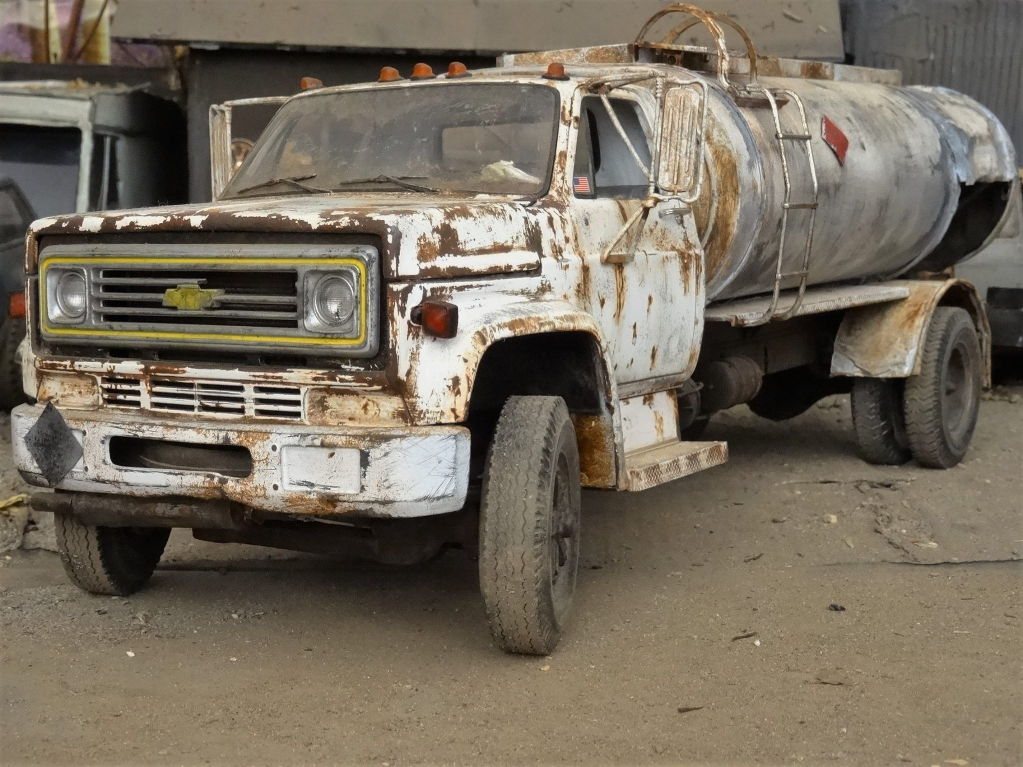 Chevy-Fuel-Truck-1