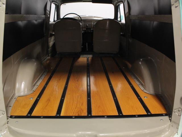 Chevrolet-Panel-Truck-1954-5