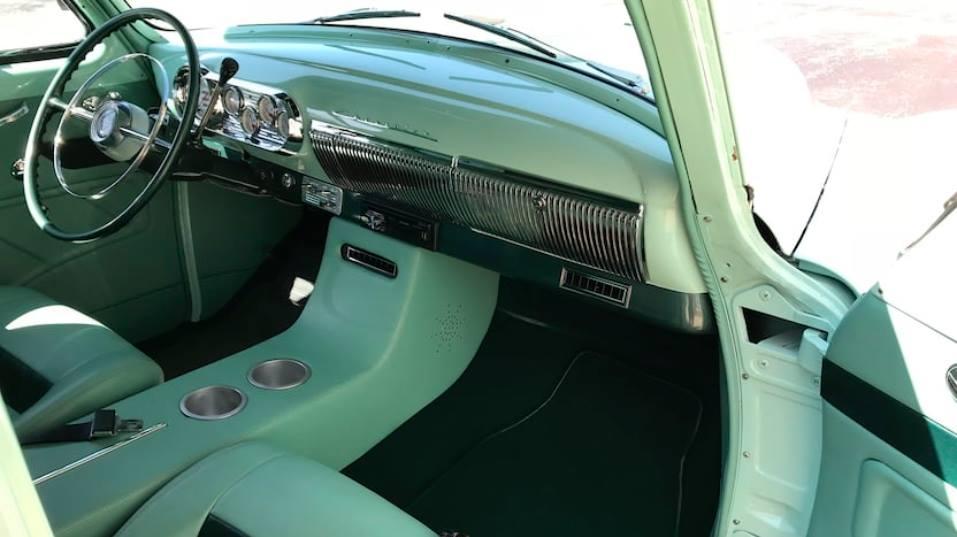 Chevrolet-Sedan-Delivery-1954-2