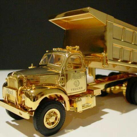 Mack-Dumper-model