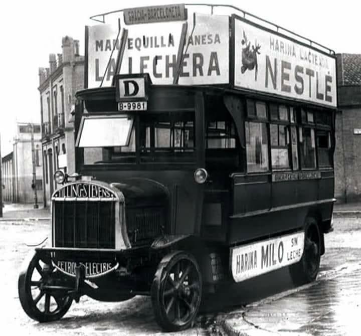 een-van-de-erste-stadbussen-met-reclame