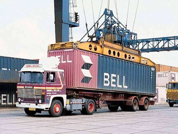 Een-container-wisselen-archief-Dirk-Klapwijk