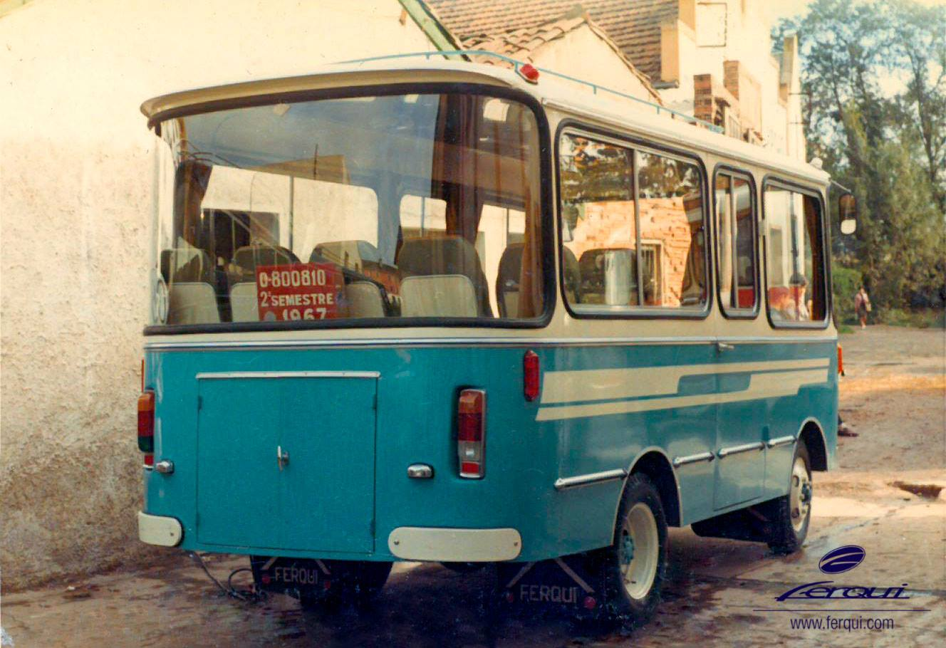 1967-micro-bus-13-C-op-chassis-Avia-2