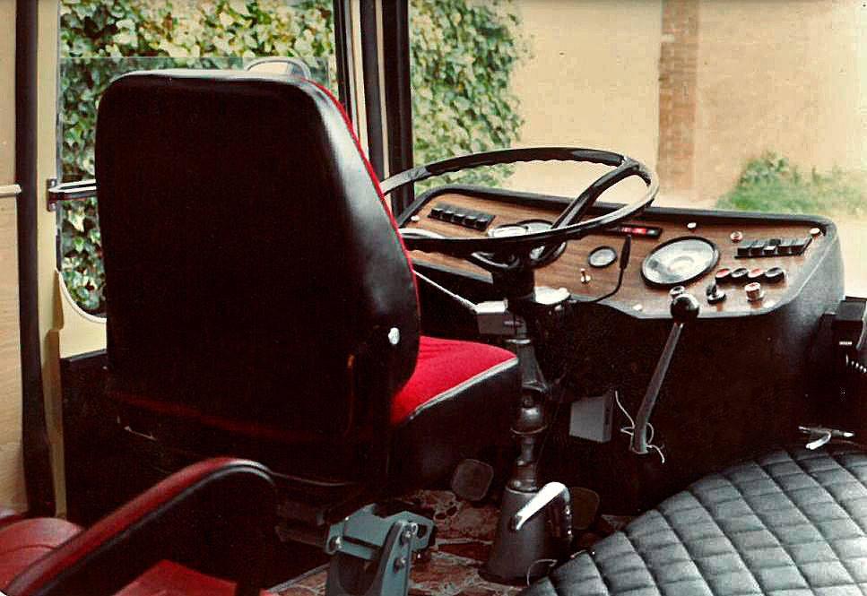 Mercedes-carrosserie-voor--tijdlang-voor-coach-rosi