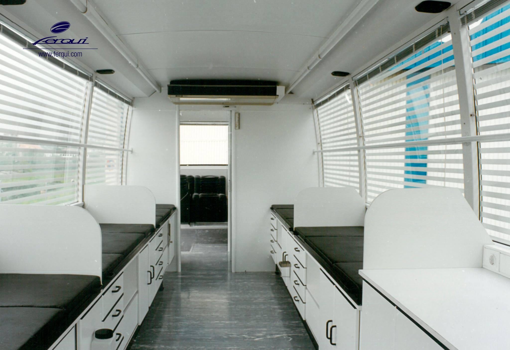 Mercedesmet-Narcea-opbouw-voor-bloedcontrole-dienst-1