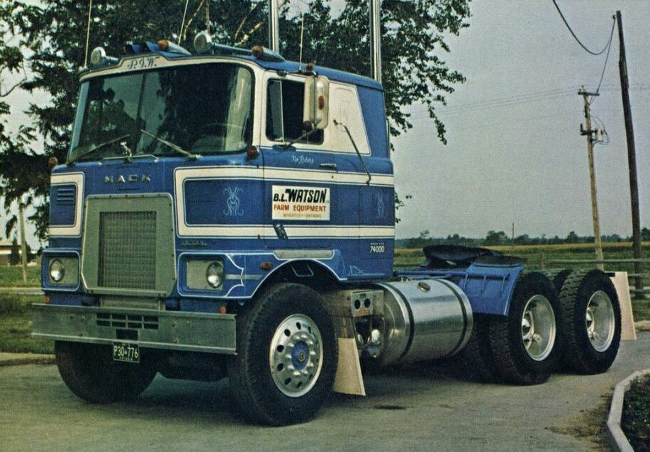 Mack-COE-Truck---1970