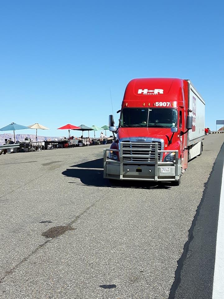 Het-mooiste-plek-waar-men-kan-rijden-met-de-truck-is-toch-wel-in-Arizona--op-de-us89-Patrick-Verkaar-in-Phoenix-USA-3