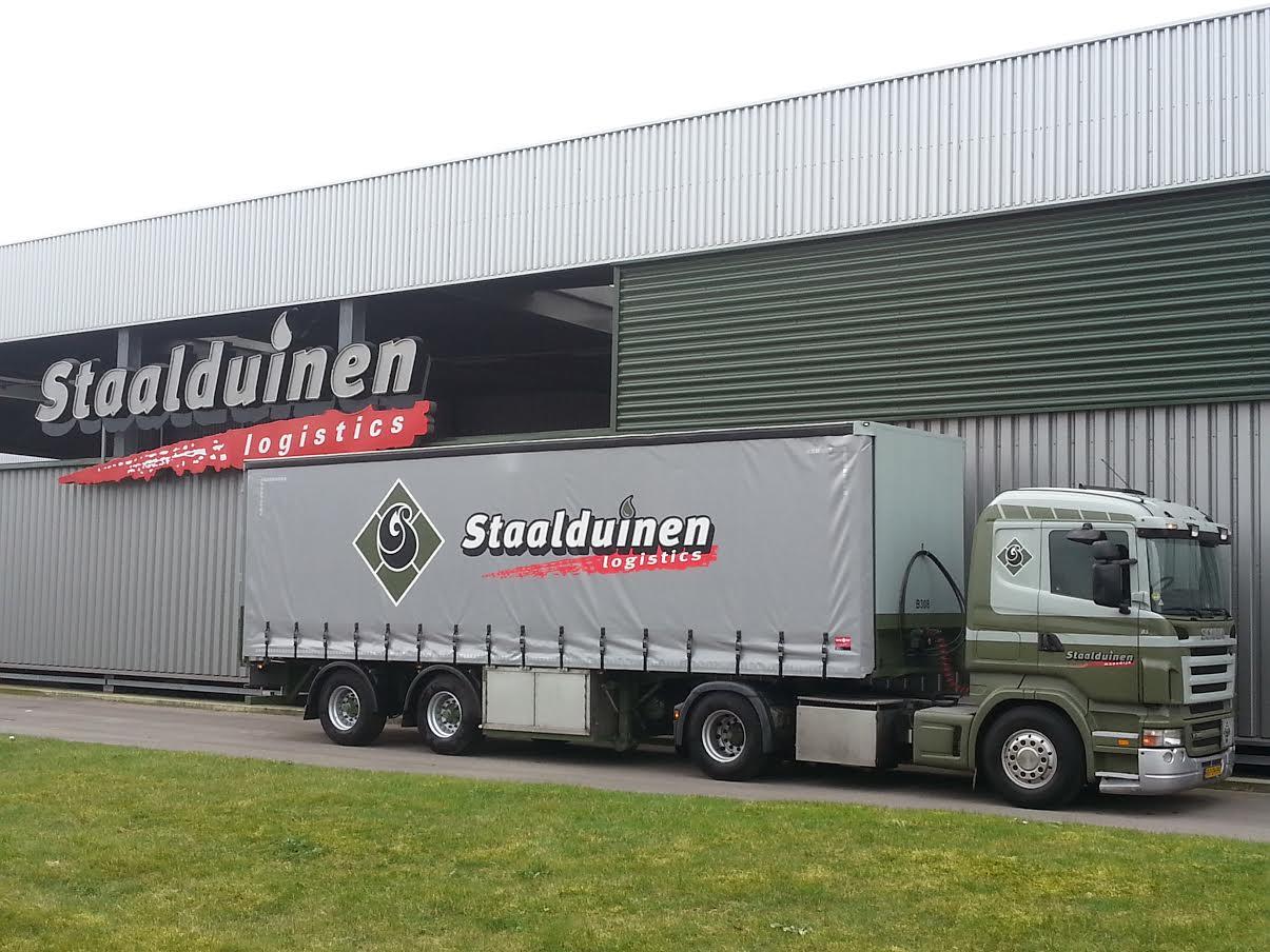Scania-met-huifoplegger