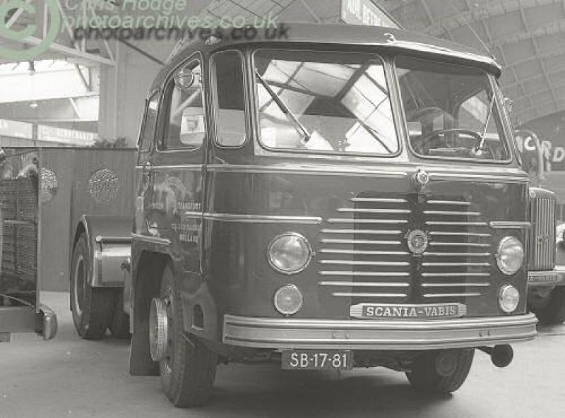 Scania-SB-1781-95981scanLV71salon[20]