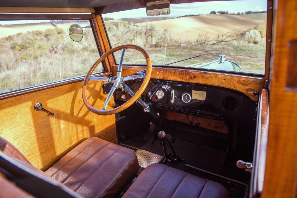 Citroen-B12-Limousine-par-Danos---1925-3