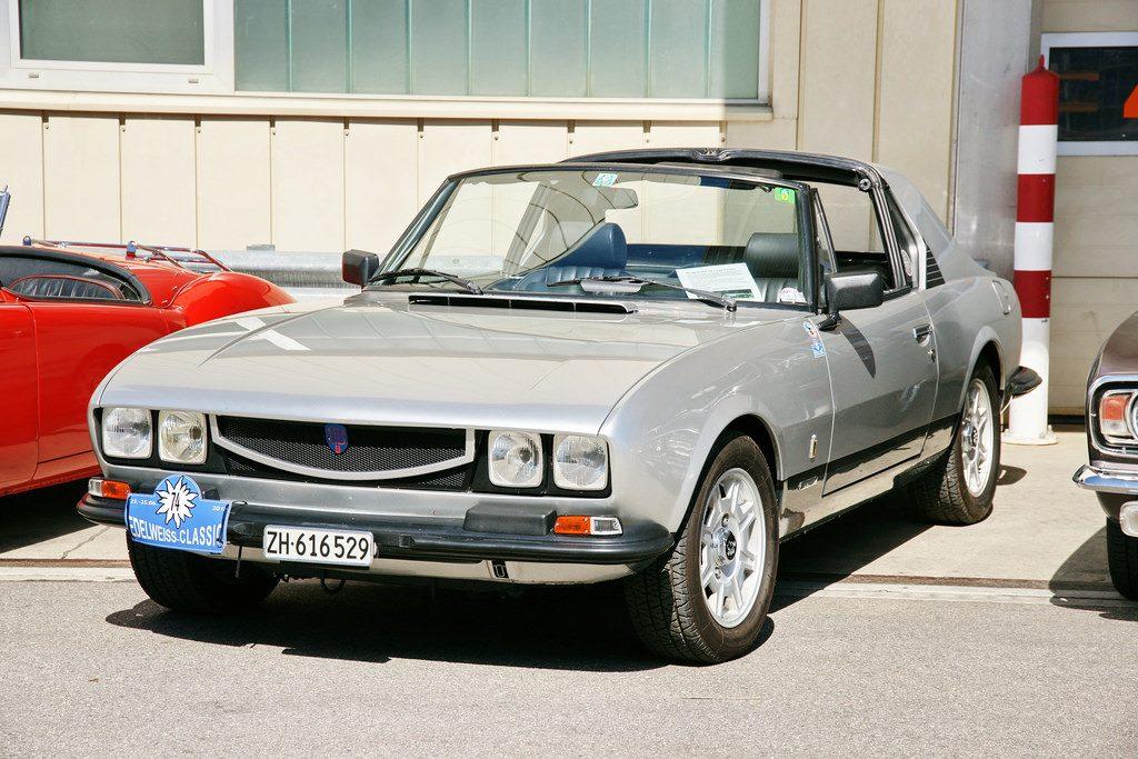 Peugeot-504-V6-Targa-Caruna-1
