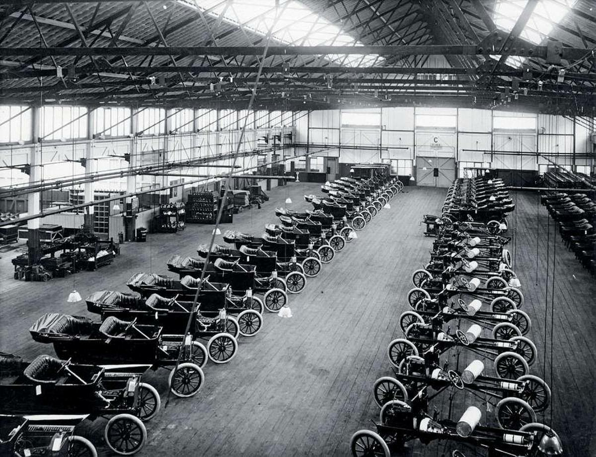 Ford-model-T-Cars-Manchester-1911