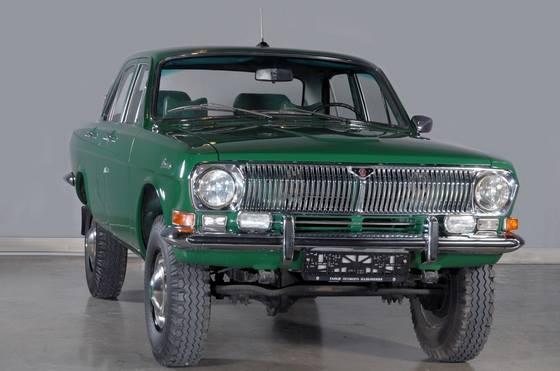 GAZ-24-95--maar-5-gebouwd-voor-de-regering-er-zijn-er-nog-2-over-2