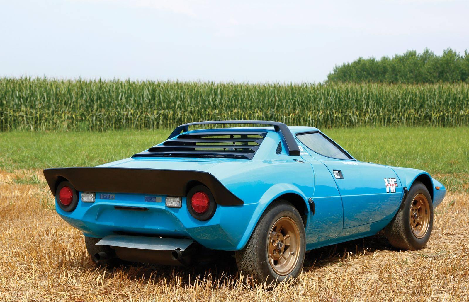 Lancia-Strato-s-HF-Stradale-2