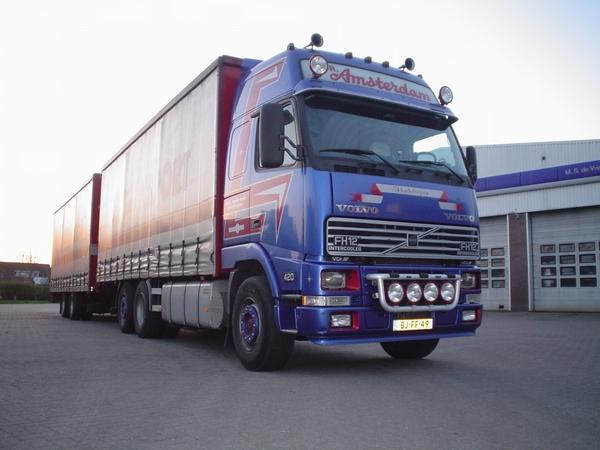 Volvo--6X2-FH-12