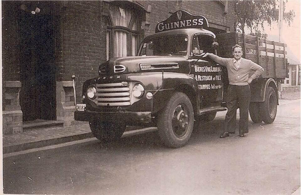 Dat-was-mijn-vader-zaliger-1948-was-ook-bierhandelaar-Ford-F1-Eddy-Annemie-Olivier-Deschamps-2