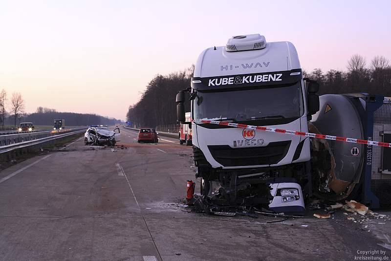 unfall-lastwagen-auto-